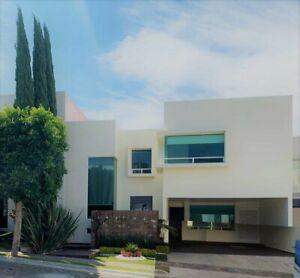 Casa en renta con 3 recamaras Parque de la Plata Lomas de Angelopolis