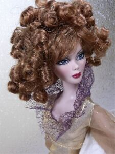 Monique Wig CHARMAINE Size 6-7 Medium Auburn Ellowyne Volks Evangeline Unoa