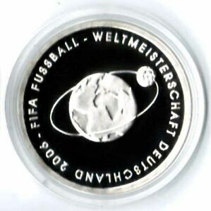 Football 2004 Mint Mark A Proof, IN Coin Capsule
