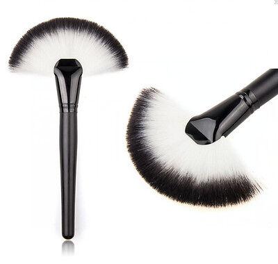 Pro Makeup Large Fan Goat Hair Blush Face Powder Foundation Cosmetic Brush XISU