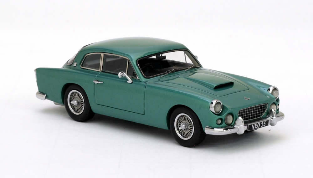 AC Greyhound  Green Green Green Metallic  1959 (Neo Scale 1 43   45015) 4b5a8d