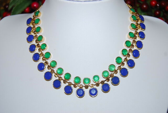 FOSSIL NEW NECKLACE OF BLUE AND GREEN STONES MOUNTED ON GOLD TONED METAL LINKS