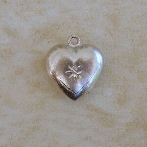Wells-Top-Hat-Puffy-Heart-With-Star-Sterling-Silver-Bracelet-Charm-Love