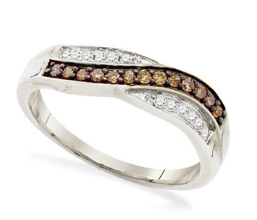 Charming! 10K White Gold Chocolate Brown & White Diamond Twist Ring Band .25ct