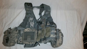 LIGHTWEIGHT-MOLLE-II-ACU-FLC-ADJUSTABLE-FIGHTING-LOAD-CARRIER-W-POUCHES-JJ-1012