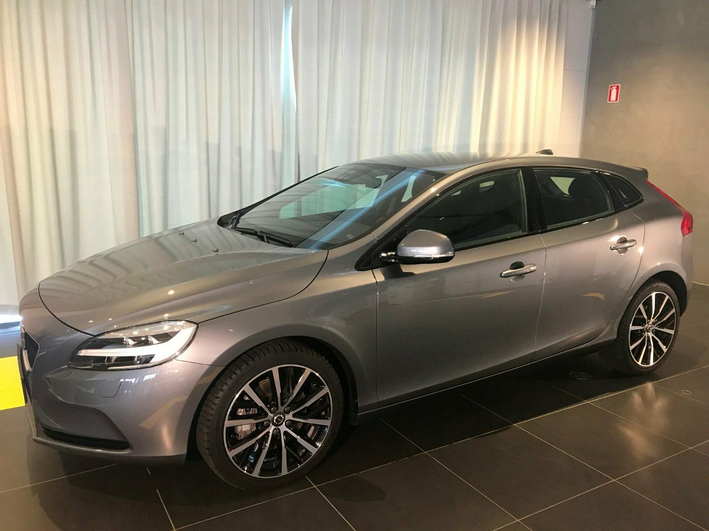 Volvo V40 1,5 T3 152 Dynamic Edition aut.