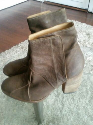 Ld tuttle booties womens 36