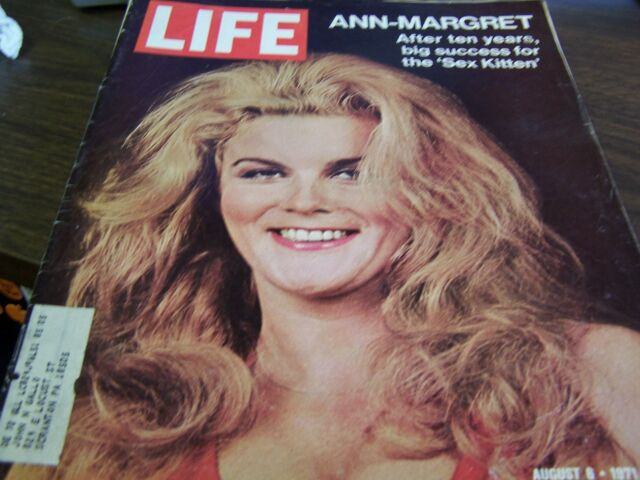 VINTAGE - LIFE AUGUST 6 1971   - ANN MARGRET - SEX KITTEN  -  EXCELLENT