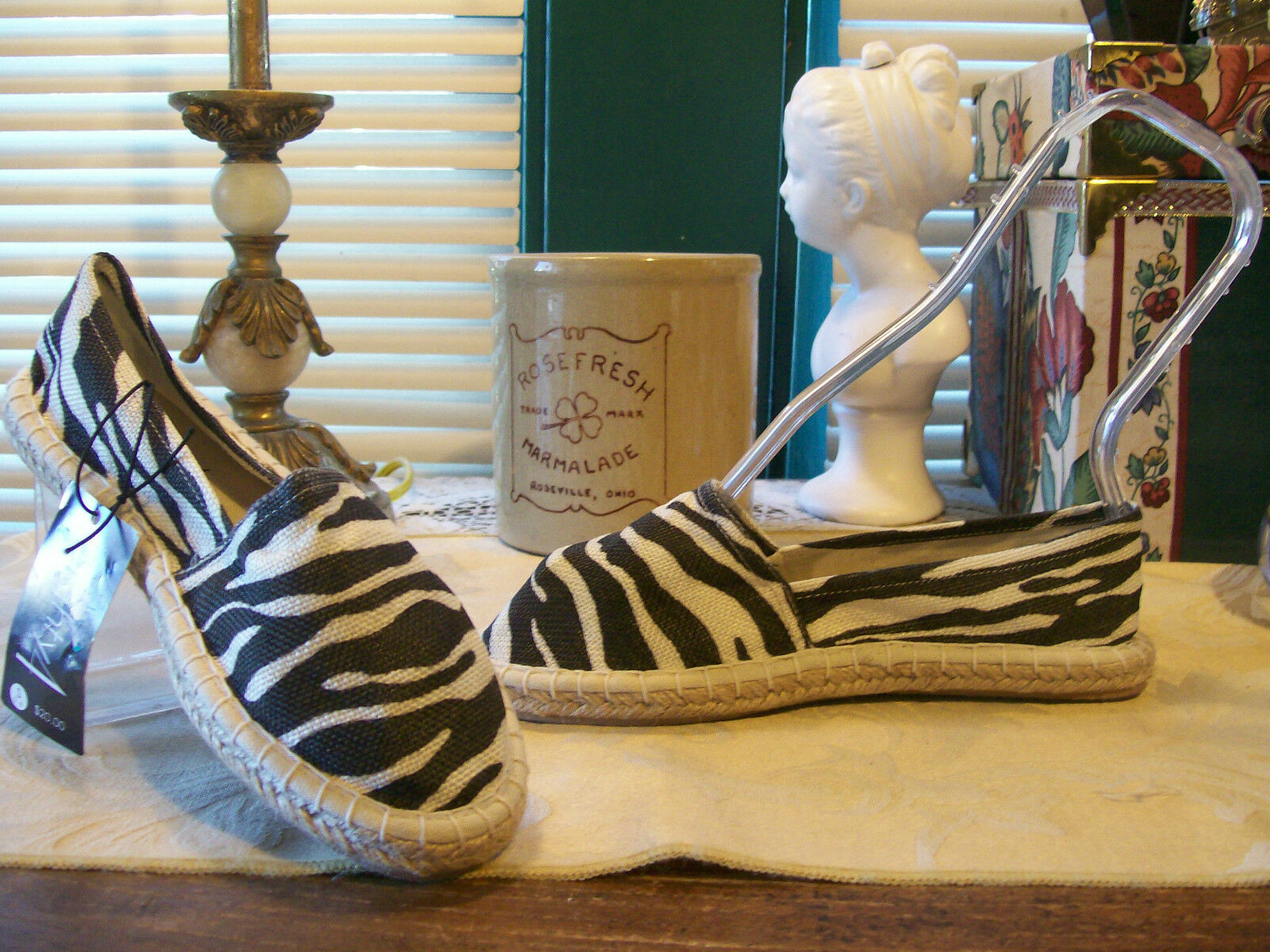 eighty4 Fabric Slip On Espadrilles SZ 5/6....Zebra Print in Natural/Black.<wbr/>..NWT