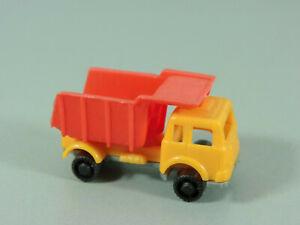 AUTOS-Baufahrzeuge-3-1-Kipper-gelb-rot