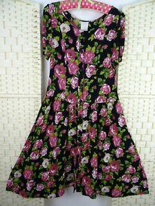 VINTAGE-viscose-ditsy-rose-floral-festival-boho-summer-40s-style-tea-dress-S