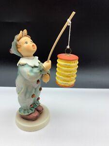 Hummel-Figurine-616-Lantern-Lantern-6-5-16in-1-Choice-Top-Condition