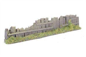 Walls-Fence-Sleeper-Type-from-Javis-UK-HO-OO-Model-Train-Layout