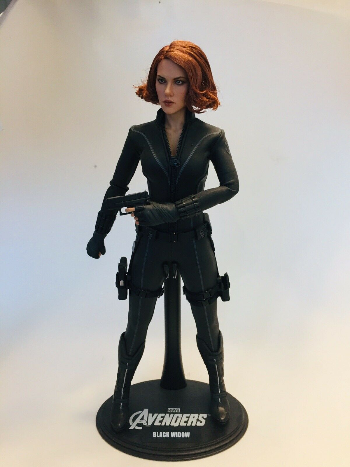 Hot Toys Black Widow Avengers 1:6 Scale Figure EUC Loose on eBay thumbnail