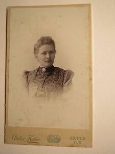 Zuerich-Zug-junge-Frau-Portrait-CDV
