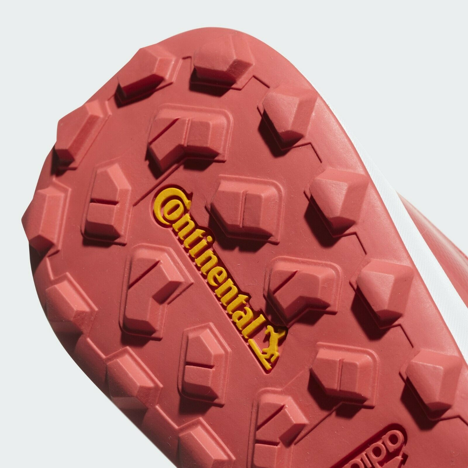 Adidas TERREX CMTK  W   UK 7  EUR 40 & 2 3    shoes trainers bnwt CQ1736