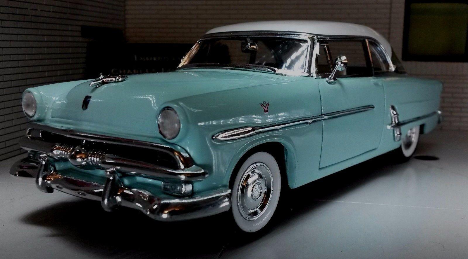 LGB G 1 24 Scale Ford Crestline Victoria 1953 Mint White Diecast Detailed Model