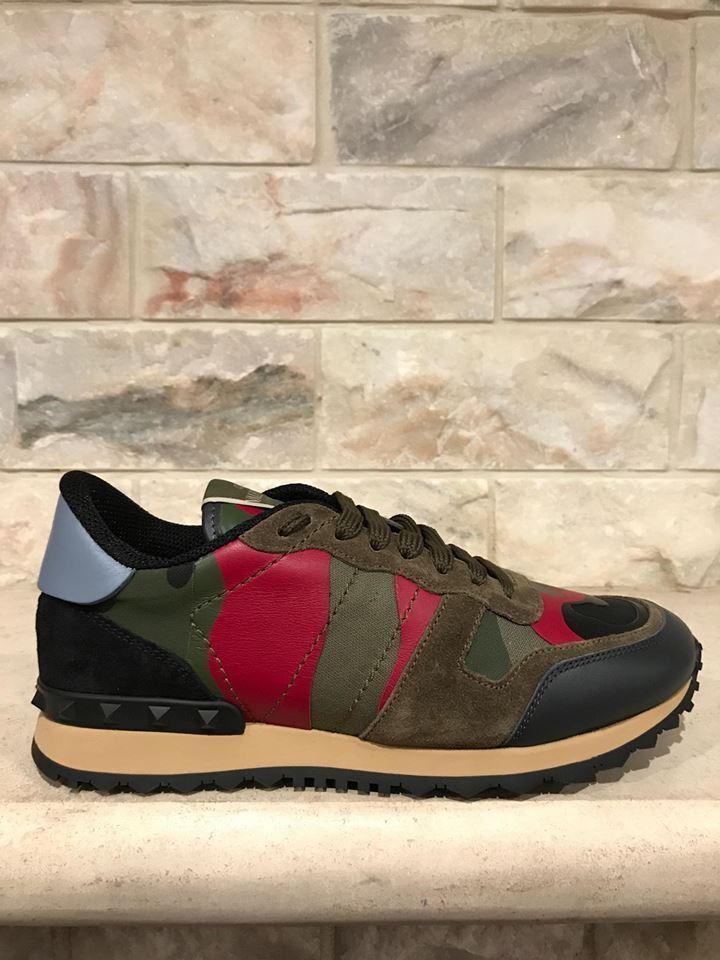 NIB Valentino Rockstud Mens Black Green Red Camo Low Runner Trainer Sneaker 44.5