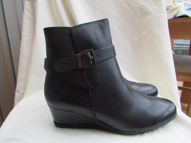 LADIES TOP BRAND LEATHER ANKLE BOOT SIZE 3