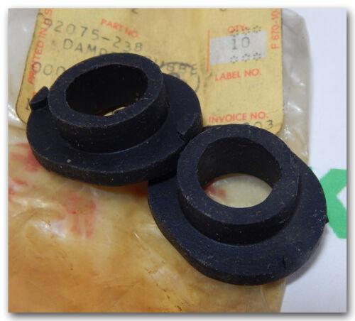 KAWASAKI KZ200 KZ400 DELUXE SPCL REAR TURN SIGNAL RUBBER DAMPER 92075-238 QTY.2