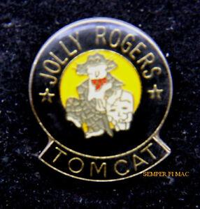 VF-84 JOLLY ROGERS F14 TOMCAT HAT LAPEL PIN SQUADRON USS SKULL ... 2dfbb24b974c