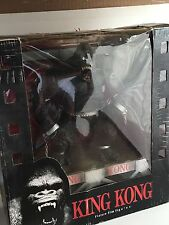 King Kong McFarlane Toys Deluxe Box Movie Maniacs Action Figure