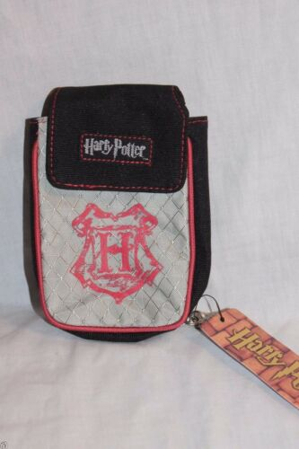 NEW WITH TAG  HOGWARTS HARRY POTTER RED PHONE CASE// WALLET