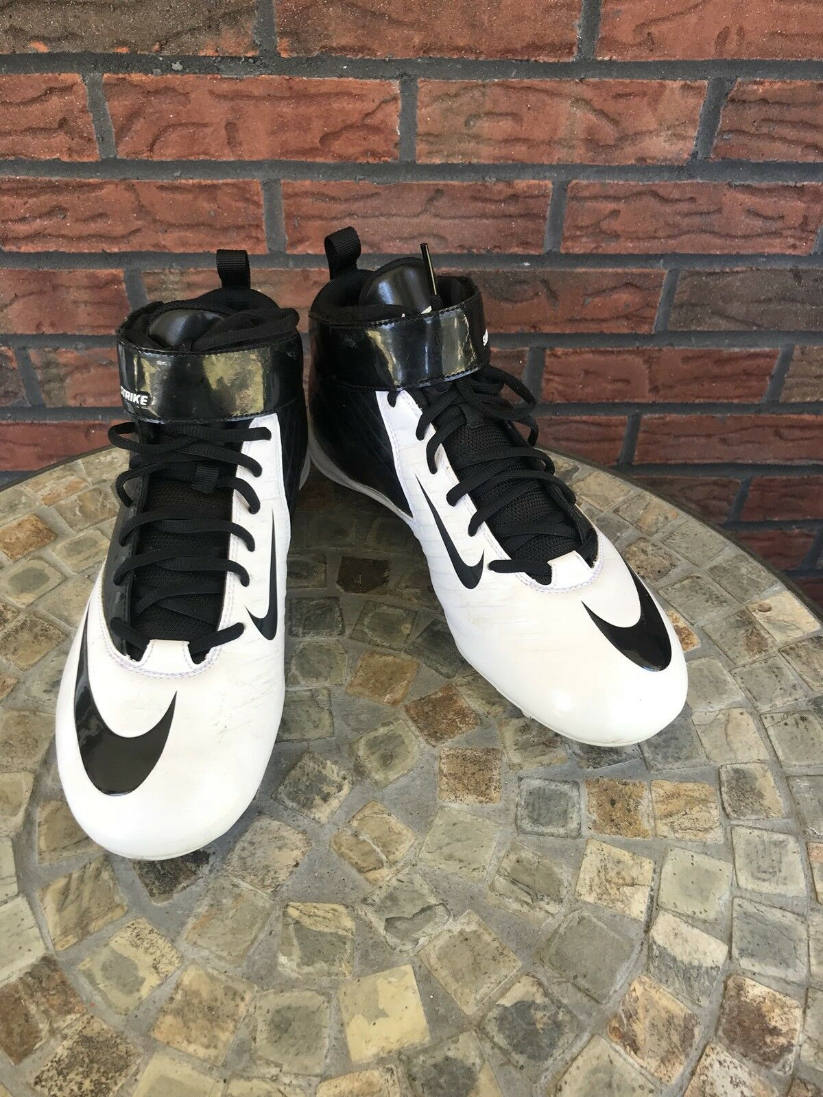 Nike Super Bad Strike D Football Cleats Size 11 White Black Leather Shoes