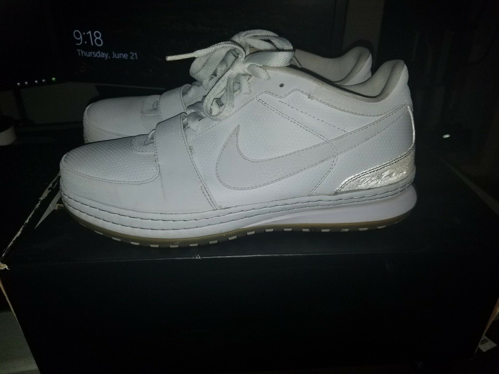 RARE Nike Zoom LeBron 6 VI Low White Medium Gray Gum Sz 10.5 354696-111 Retro LE The most popular shoes for men and women