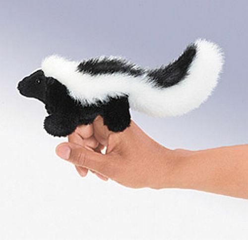 MINI SKUNK Finger Puppet # 2647 ~ FREE SHIPPING  in USA ~ Folkmanis Puppets