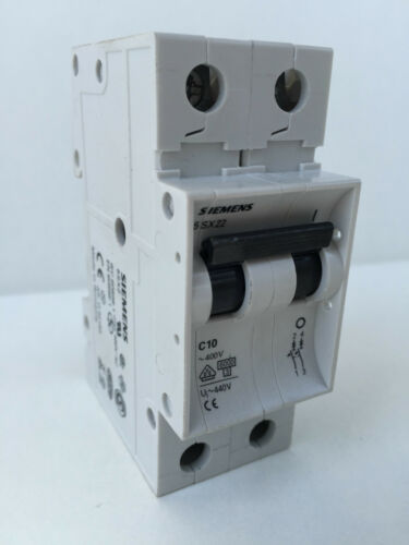 2 x Siemens Schütz 5 SX 22 5SX22 Circuit Breaker 5SX 22 C10 C 10