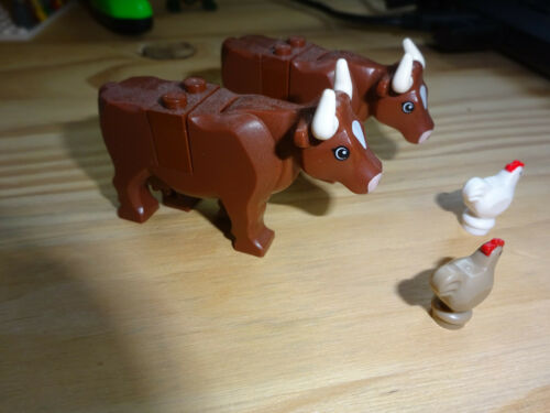 good condition Authentic Lego Animal 2 Cows and 2 chickens