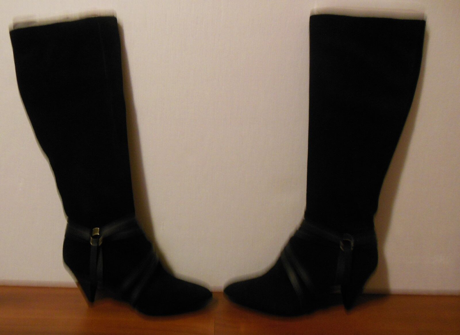 New DKNY Women's Knee High Suede Boots Sz 37 (US 6.5)