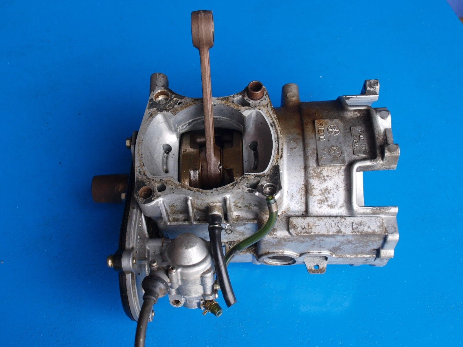 Vintage Yamaha Inviter 81E Snowmobile Crankcase Assembly with Oil Pump & Cable