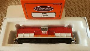 Austrains-NSWGR-41-Class-Loco-NEW-4102-Candy-livery-with-top-ventilators