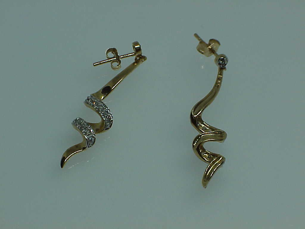 10K .25ct Diamond Twist Yellow gold Post Stud Dangle Earrings Vintage Minty 1.5