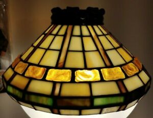 Vintage-Lamp-Shade-Quoizel-Colorful-Hand-Craft-Stained-Glass-Tiffany-Style