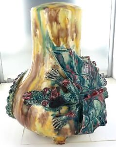 SUPER-RARE-HUGE-POSSIBLY-HARVEY-SCHOOL-POTTERY-DRAGON-WARE-LAMP-BASE
