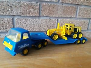 Tonka Low Loader + Tonka Grader Vintage Tonka Truck with Tonka Grader.