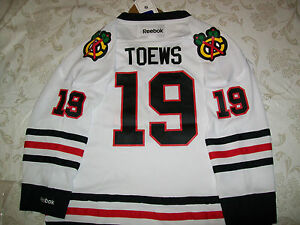 NEW-Chicago-Blackhawks-jersey-jonathan-Toews-youth-BOYS-L-xl-amp-GIRLSM-70-NWT