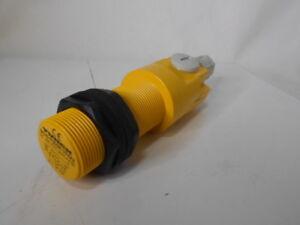 100% De Qualité Turck Bc10-p30sr-vp4x2 Capacitif Rembourré Photoélectrique Capteur - éLéGant Et Gracieux