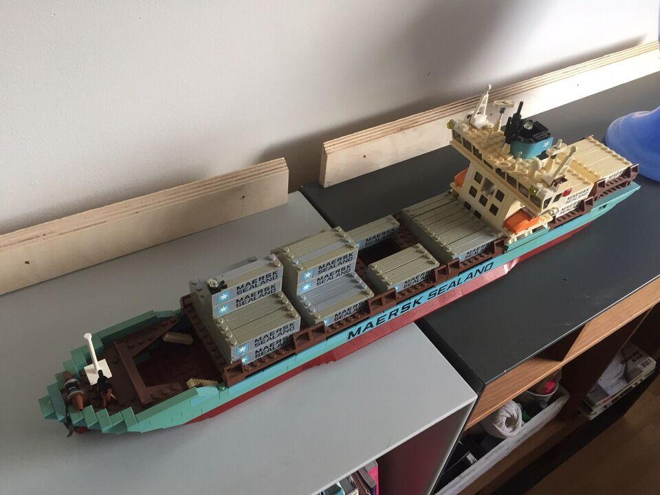 Andre samleobjekter, Lego Mærsk containerskib