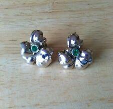 Vintage 1950s silvertone and green rhinestone flower earrings