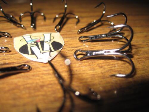 10 V Fly Nordic Salmon Tube Fly Treble Hooks 2 X Strong Pear Eye All Sizes