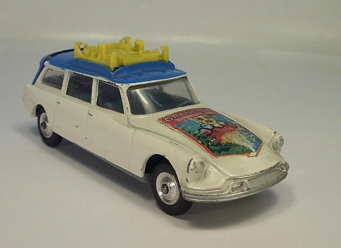 Citroën ds break corgi - spielzeug  winterspiele grenoble   179