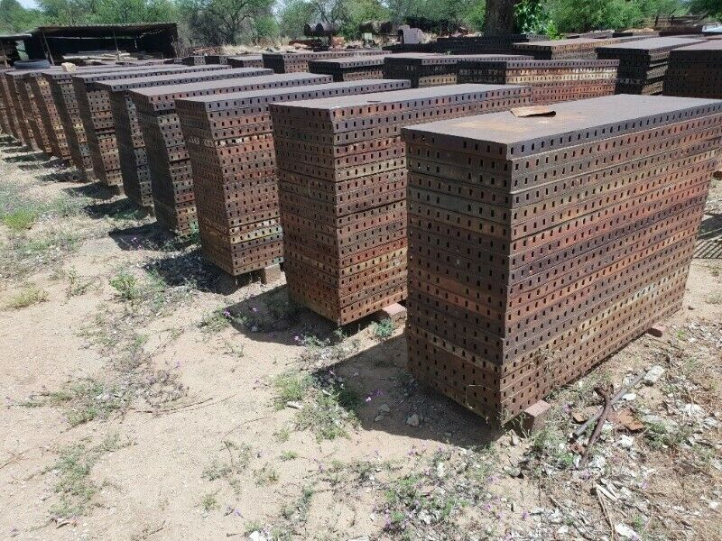Shuttering/Construction Materials for Sale; good condition