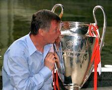Sir Alex Ferguson Kissing The Champions League Trophy 10x8 Photo