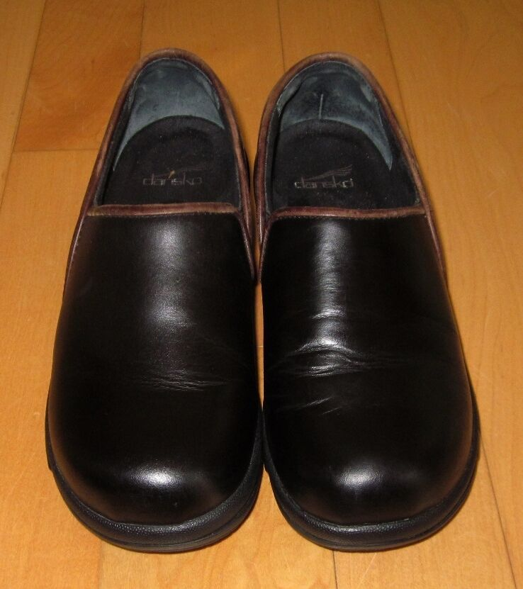 Dansko donna nero Leather Slip On Closed Clog scarpe 39 US 8