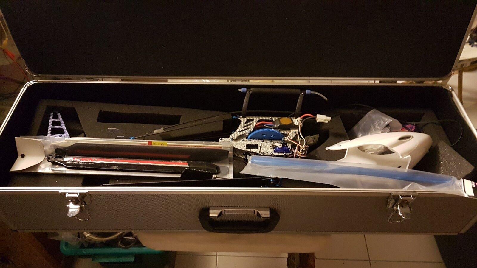 Trex 450 ALIGN tout alu carbone + valise + pieces en plus