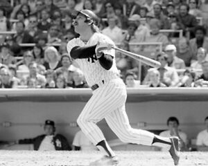 Thurman Munson New York Yankees MLB Photo Size: 8 x 10